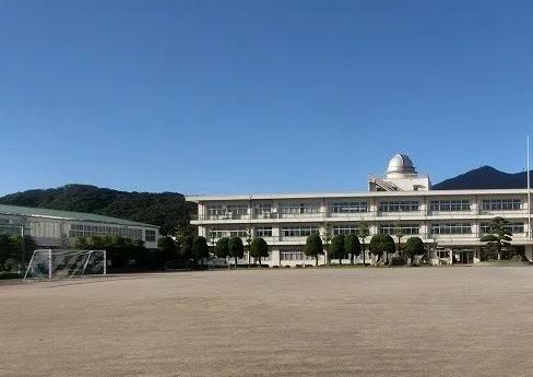 筑波東中 校舎画像