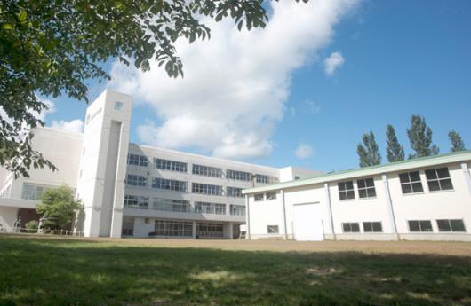 高校 校舎