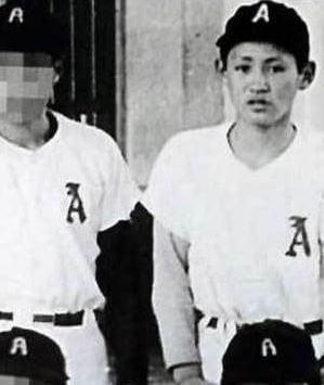 菅義偉 野球ユニフォーム姿